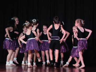 Dance Expression show - mini ballerinas